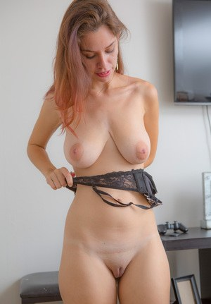 Порно фотки saggy tits